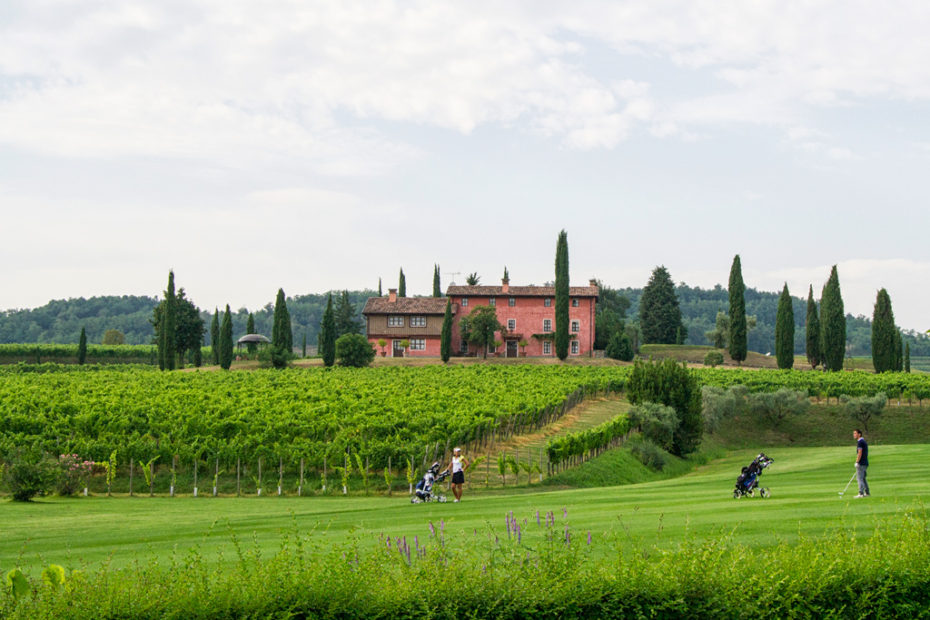 Фриули-Венеция-Джулия; Италия; Замок Спесса; Castello di Spessa