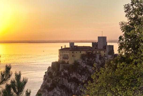 Дуинский замок; Замок Дуино; Замок Дуино; Фриули-Венеция-Джулия; Италия
